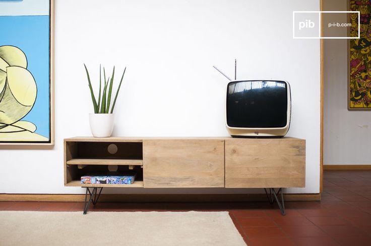 Associant un piétement métallique sombre tout en finesse qui contraste avec le bois clair, le meuble TV bois Zurich affiche un design sobre facile à intégrer dans des styles d'intérieurs très variés