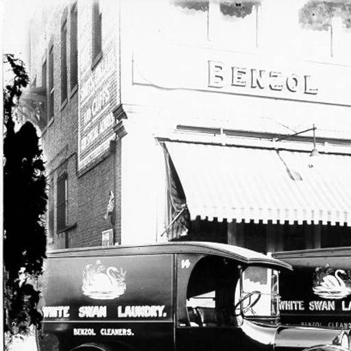 Benzol Dry Cleaners :: Photographs