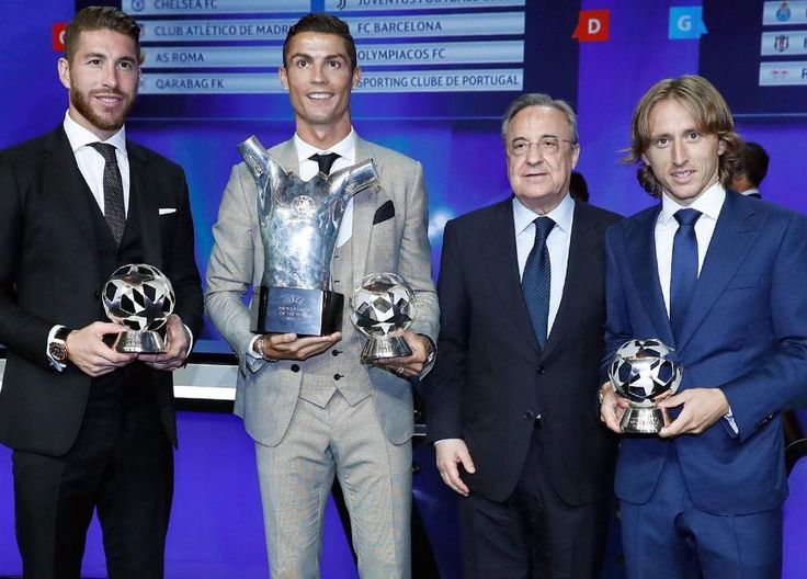 Florentino Pérez with the: UEFA Champions League 2016/17 🏆 BEST DEFENDER @SergioRamos 🏆 BEST MIDFIELDER @lukam10 🏆 BEST FORWARD @Cristiano 🏆 BEST PLAYER @Cristiano #HalaMadrid