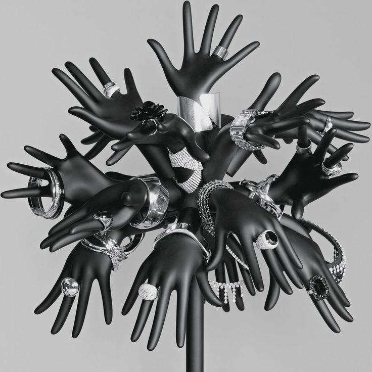 """""""STORE DESIGN JEWELLERY BOARD LOGO"""", pinned by Ton van der Veer"""