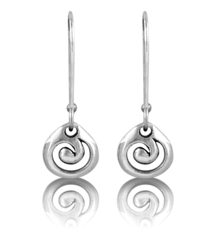 Evolve+silver+KORU+DROP+EARRING:+Recognised+as+the+symbol+of+new+life+and+growth,+the+New+Zealand+koru,+or+spiral,+represents+renewal+and+hope.+The+circular+shape+of+the+Evolve+koru+drop+earrings+conveys+the+idea+that+life+continues+endlessly,+while+the+inner+coil+suggests+a+return+to+our+point+of+origin,+celebrating+family.+To+the+Maori+people,+the+koru+is+also+a+symbol+of+interconnectedness+from+one+life+to+another,+linking+generation+to+generation.