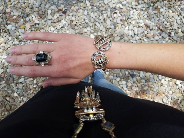 Game of Thrones inspired style for Fall 2017. Wear the throne, spiked amulet pendant necklace and this powerful statement bracelet. So much goodness from Chloe + Isabel on Safari coming soon.