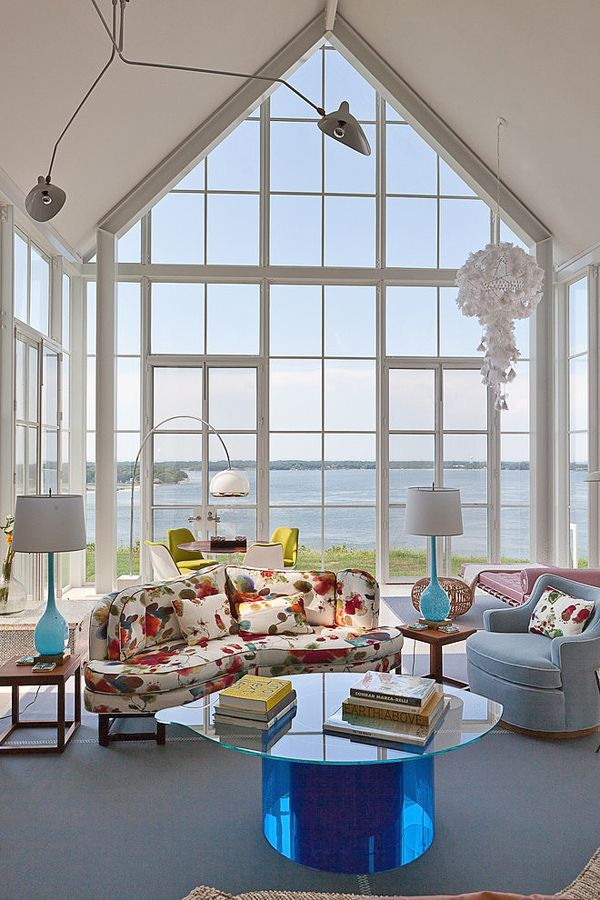 Impressive modern beach cottage on Shelter Island, NY by Michael Haverland Architect