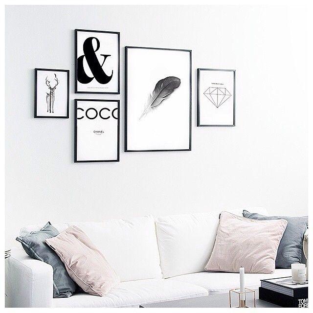 Living room styling by @desenio  | #inspo #interior #interiör #inredning #interiors #interior123 #interior4all #interiorinspo #interiordesign #interiordecor #propertystyling #pastel #whitedecor #scandi #scandidecor #scandinaviandecor