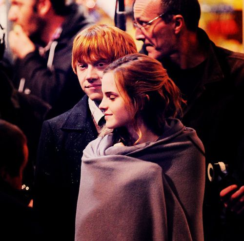 Emma & Rupert - squeeeee!  I want them to date in real life - I will go down with this ship