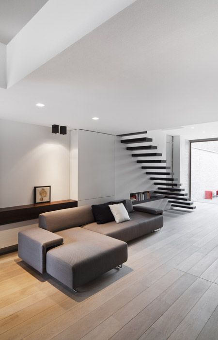Interior by Frank Sinnaeve
