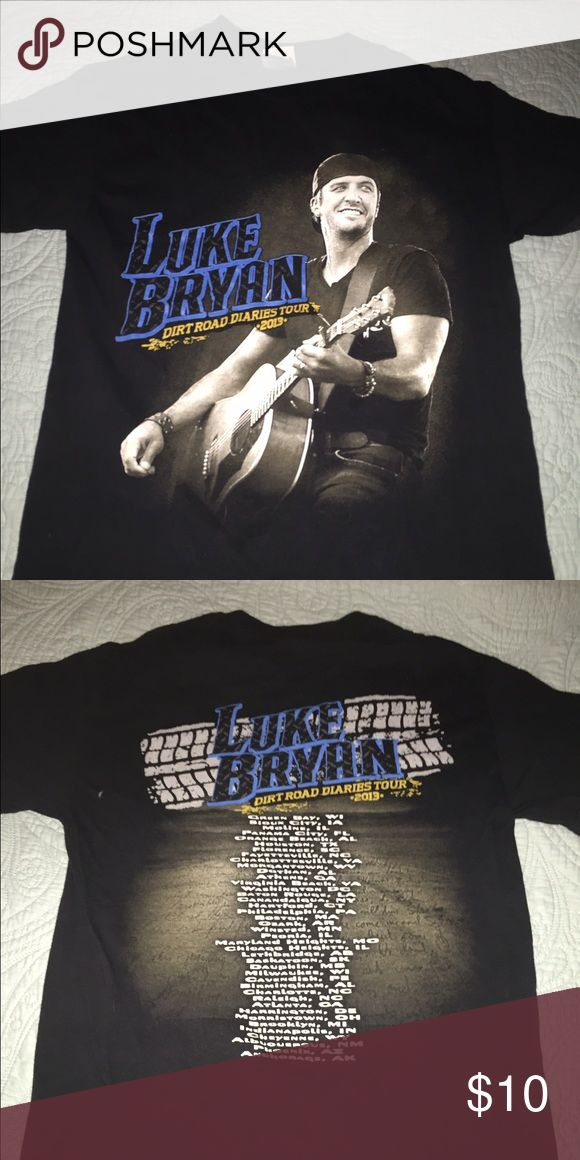 Luke Bryan 2013 Concert T-shirt Only worn a couple of times. Tops Tees - Short Sleeve