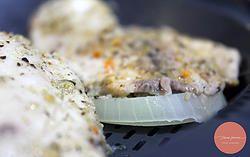 Purê de batata com alho (garlic mashed potato) e filé de peixe no vapor com Lemon Pepper