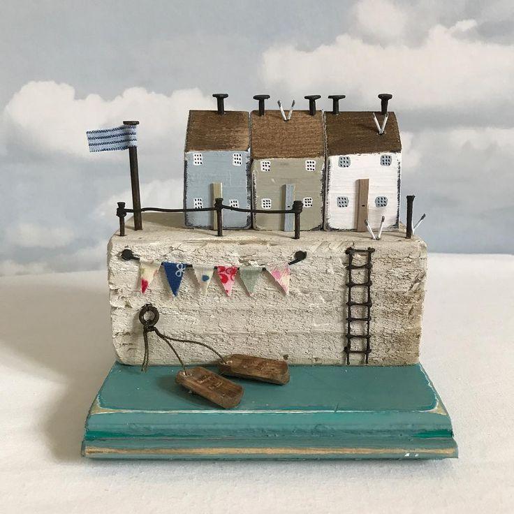 Bunting cottages #driftwood #driftwoodart #harbour #handmade #nautical #shabbychic #shabbydaisies #bunting #seaside #sea #seagulls #coast #rustic #rusticart #summer #sun #sea #cottage #lighthouse #littlecottage