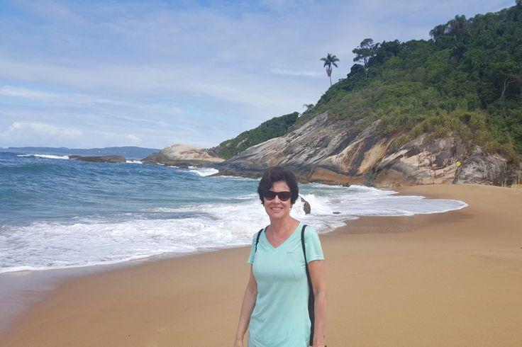 http://karidesbrava.com.br/ser-uma-senhora-nao-esta-em-oposicao-desbravar-o-mundo-diz-lilian-azevedo-blog-uma-senhora-viagem/