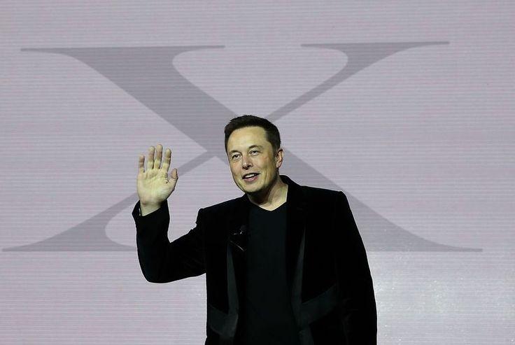 Elon Musk doesn't hate Apple, but he's not (yet) a fan of the Apple Watch