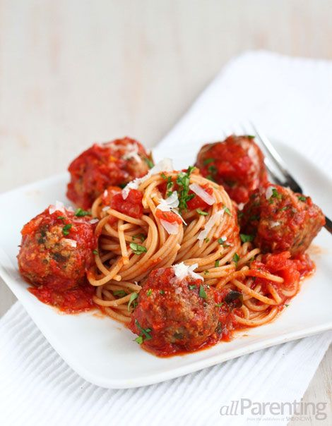 allParenting slow cooker spaghetti and meatballs
