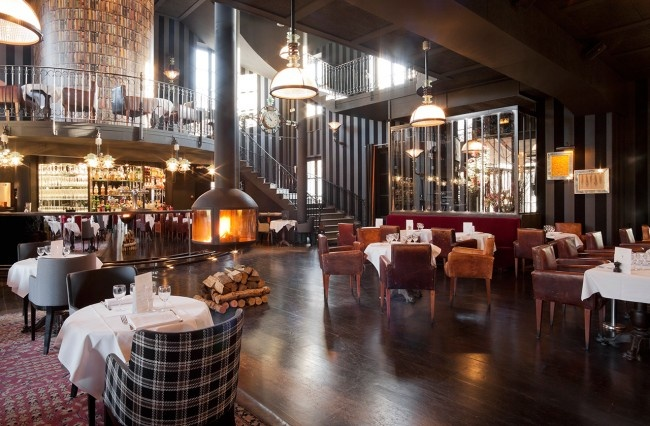 Restaurant-Ile-Saint-Germain-Issy-les-Moulineaux-silencio-salle