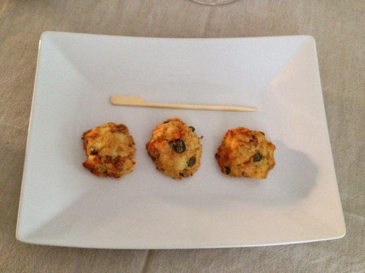 Polpettine tonno e patate http://sognoepassione.blogspot.it/2014/05/polpettine-tonno-e-patate.html