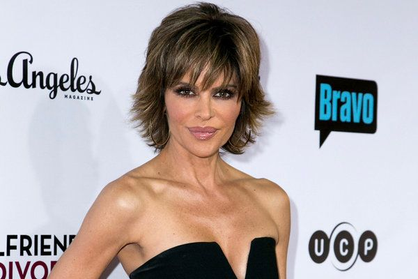 Lisa Rinna Defends Her Dated Hairstyle