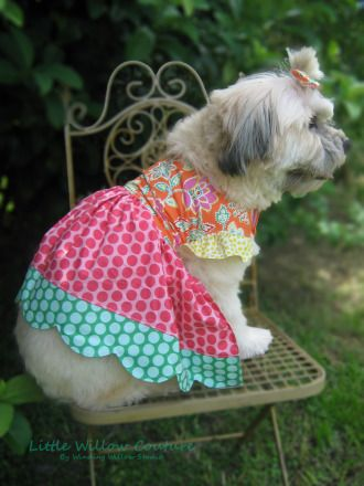 LARAE'S SCALLOPED DRESS FOR DOGS PDF PATTERN | Sewing Pattern | YouCanMakeThis.com