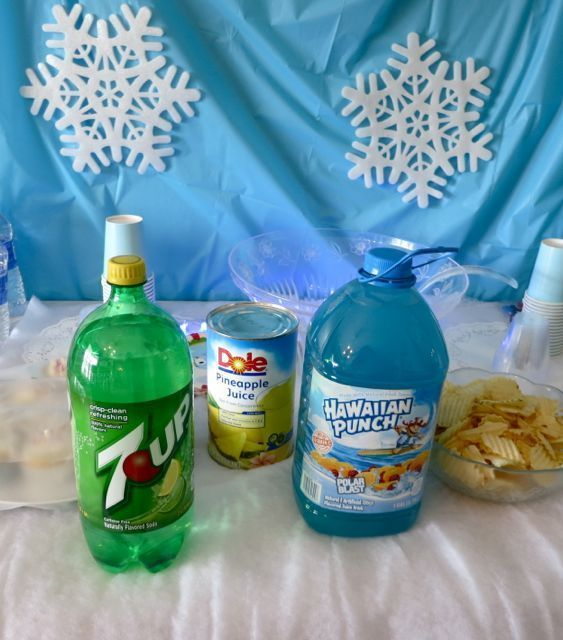 Blue Party Punch (with snow!).