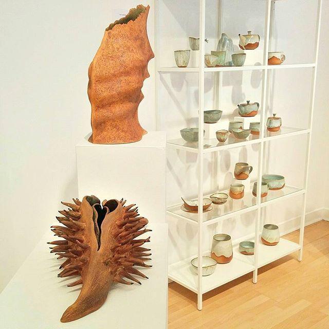 Vous avez jusqu'au 30 juin pour aller voir notre exposition de fin d'études: #finirbonsecours2017 ! N'oubliez pas de voter pour votre céramiste préféré(e), parmi les finissants!  Au 444 rue St-Gabriel du lundi au vendredi, de 9h à 16h.  #ceramic, #pottery, #potter, #madeinmontreal , #handmade , #faitmain, #céramique, #exposition , #gallerymontreal , #stoneware, #sculpture, #finirbonsecours2017