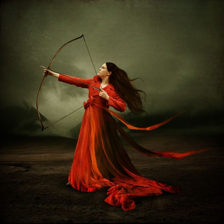 Fantasy Art Women Warriors       dead bodies  Clearly a demon but