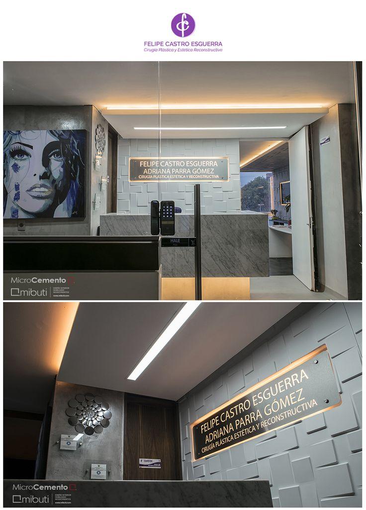 ¡Espacios dinámicos, modernos y confortables! Proyecto en Consultorio @drfelipecastroe #pared en MicroCemento Fino color gris 80%  #revestimiento #interior #decointerior #interiorismo  #Mibuti