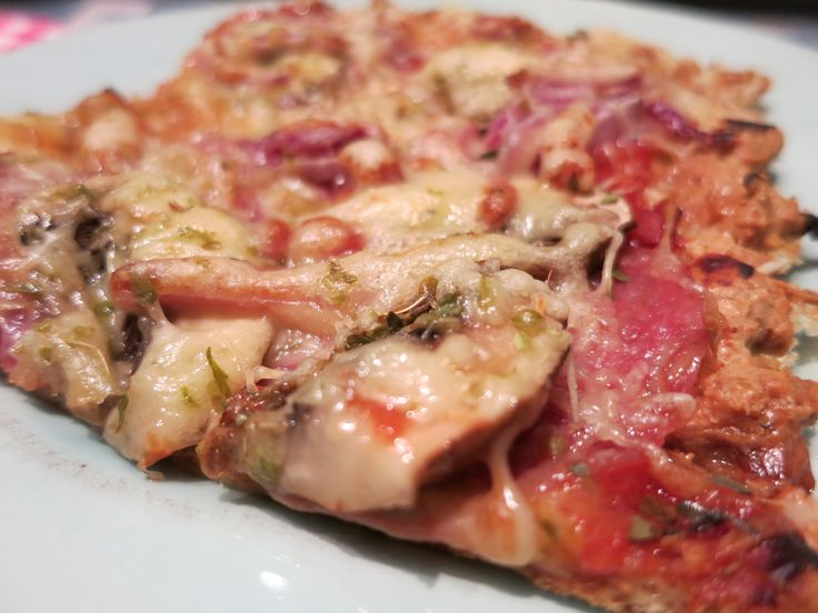 Low Carb Rezepte von Happy Carb: Low Carb Pizza Taxi - Pizza-Special von Happy Carb. Die besten Low Carb Pizza-Rezepte auf einem Blick! Pizzen mit Teigalternativen, Gemüse, Thunfisch, Schüttel-Pizza...