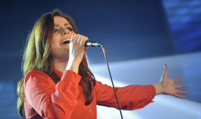Annalisa Scarrone performing at Radio Italia Live