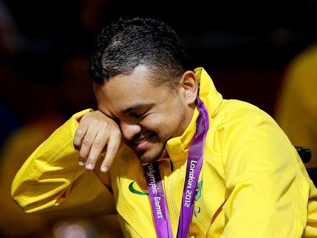 O Brasil igualou os 16 ouros conquistados em Pequim com Shirlene, no lançamento de dardo F37/38, no início da tarde desta sábado. Melhor marca da história até agora, o 17º veio com Maciel Sousa Santos, que derrotou o chinês Zhiqiang Yan, por 8 a 0, pela classe BC2  Foto: Getty Images