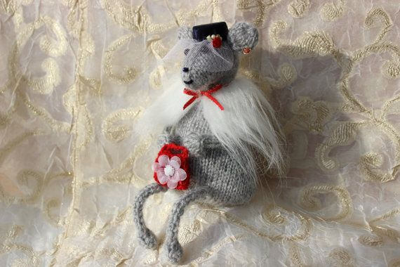 Knitted Mouse, Lady Mouse,Woman,Spades Mouse, Home Decor Toy, Wool Mouse, Romantic, Shabby chic toy