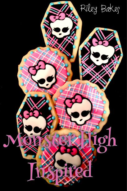 Monster High Cookies! Made to order decorated sugar cookies with Royal Icing.