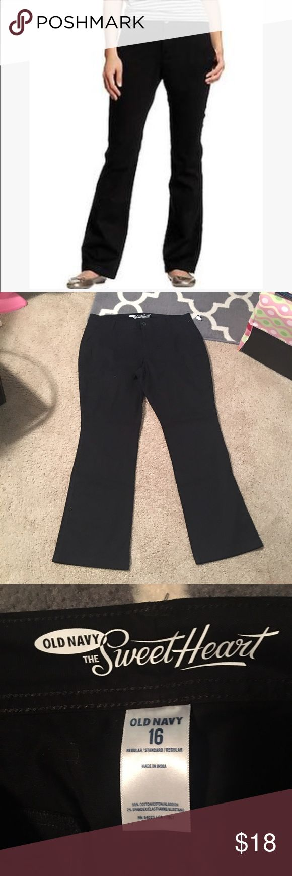 """Old Navy black khaki style """"Sweetheart"""" fit sz: 16 Brand new with tags Old Navy the Sweetheart fit sz: 16. Model wearing exact pants! These are brand new with tags 💖 I have two pairs that are exactly alike and same style, both with tags attached. Old Navy Pants Boot Cut & Flare"""