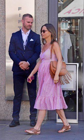 Pregnant Pippa Middleton (330×550) #jcrew | Kate Middleton ...