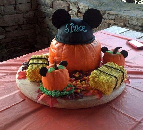 Mickey pumpkin patch cake for 1 st birthday =)