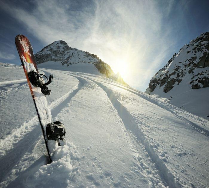 vue magnifique    ... -belle-photo-montage-et-neige-vue-magnifique-la-montagne-snowboard