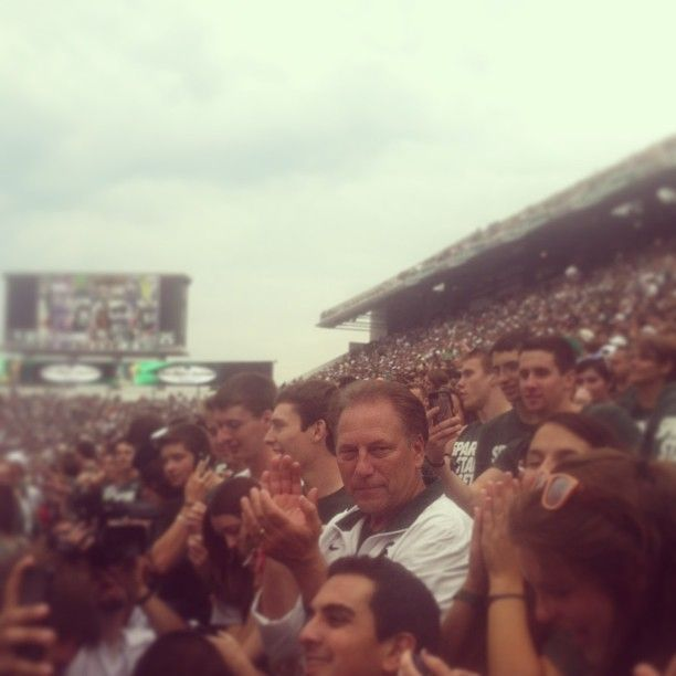Standing next to IZZO was a great honor yesterday #GoGreen #SpartanNation #izzo #Padgram