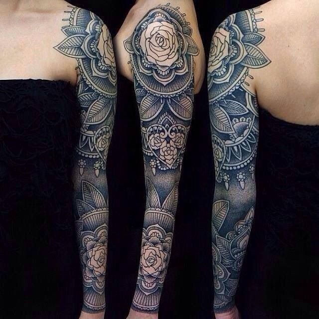 Lovely full sleeve in blue and gray