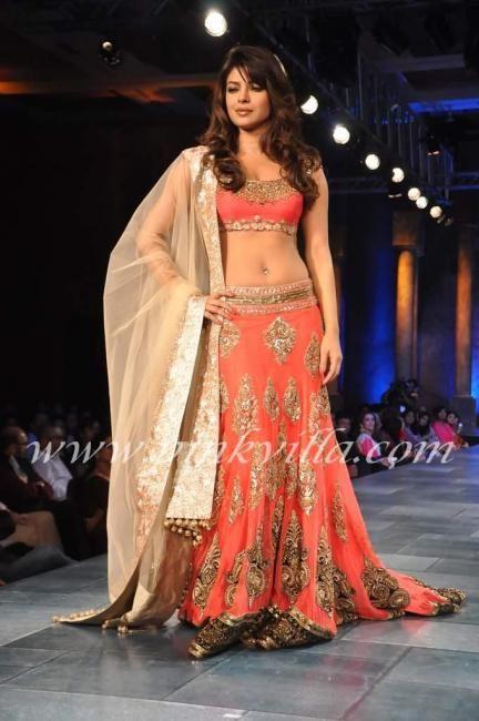 Karan Johar, Priyanka Chopra walk the ramp for Mijwan Sonnets in Fabric 2012 | PINKVILLA