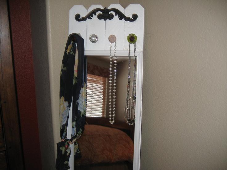 something like this would be fun for my room next year!: Fun Mirror, Girls Rooms Bathroom, Crafts Ideas, Vintage Accessories, Easy Fun, Vintage Wardrobe, Ashlynn Rooms, Accessories Racks, Full Length Mirror