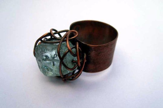 Green.+copper+adjustable+ring+with+natural+raw+stone