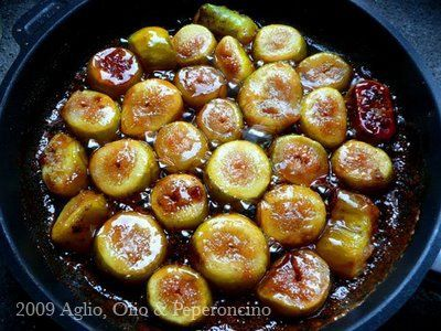 Fichi Caramellati - Caramelized Figs ( to serve on bruschetta with mascarpone or serve with ice cream and/or whipped cream)