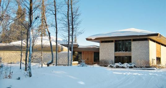 Domy kanadyjskie. Prawdy i mity o domach z drewna