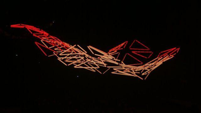GRID a monumental kinetic light installation that illuminated the Hotel de Region of Rhône-Alpes for the 2013 edition of the Fête des Lumières.  Lighting Design – Christopher BAUDER / WHITE VOID Electronic music – Robert HENKE Bandmaster – Franck-Emmanuel COMTE Choirs – CONCERT DE L'HOSTEL DIEU  Production – Matthieu DEBAY – TETRO - www.tetro.fr