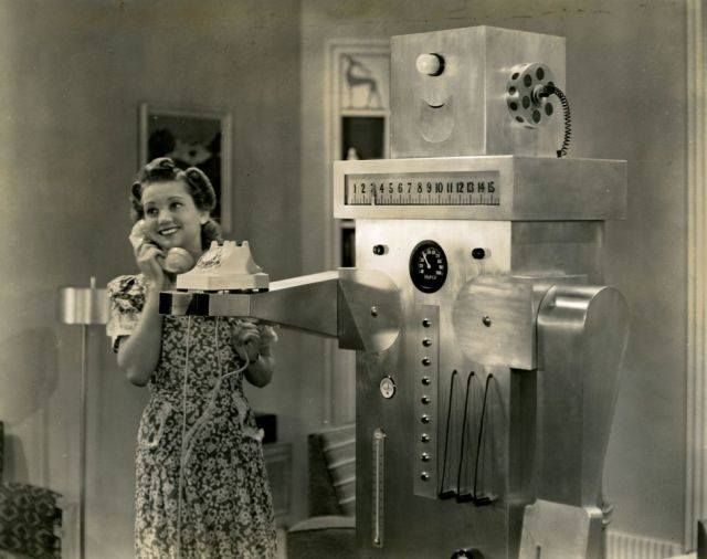 """Roll-Oh"" the Domestic Robot (1940)- From the GM film ""Leave It to Roll-Oh"" shown New York World's Fair in 1940 (notice how art deco the design is)"