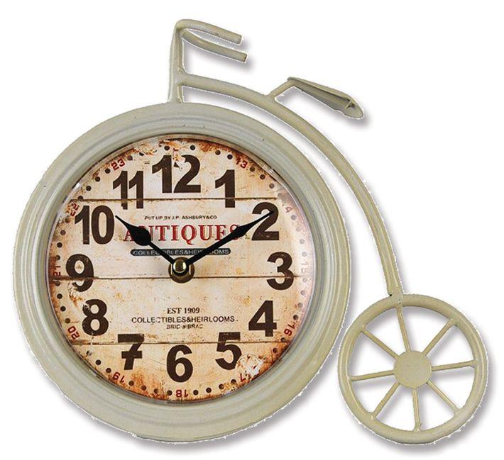 Antik Eskitme Metal Saati  Ürün Bilgisi ;  Ürün maddesi : Metal ve gerçek cam kullanılmıştır Ebat : 26cm x 24 cm Antik Eskitme Metal Saati Şık ve hoş masa saati Mekanizması (motoru) : Akar saniye, saat sessiz çalışır Saat motoru 5 yıl garantilidir Masa Saati sağlam ve uzun ömürlüdür Kalem pil ile çalışmaktadır Gördüğünüz ürün orjinal paketinde gönderilmektedir. Sevdiklerinize hediye olarak gönderebilirsiniz