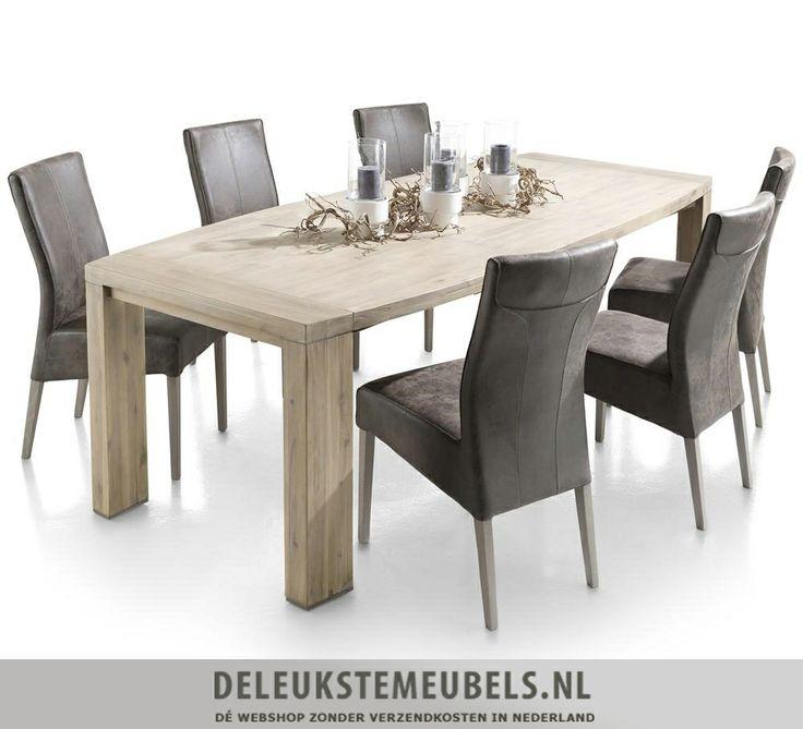 Deze mooie ovale eetkamertafel Buckley van het merk Henders & Hazel is bijzonder! Deze tafel heeft een afmeting van 225x110cm. De metalen accenten in de poten maken deze tafel af en een lust voor het oog! http://www.deleukstemeubels.nl/nl/buckley-ovale-eettafel-225cm/g6/p53/