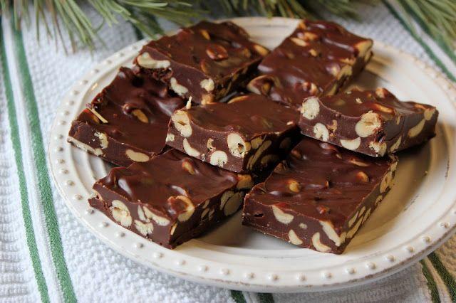 Mennonite Girls Can Cook: Peanut Chews