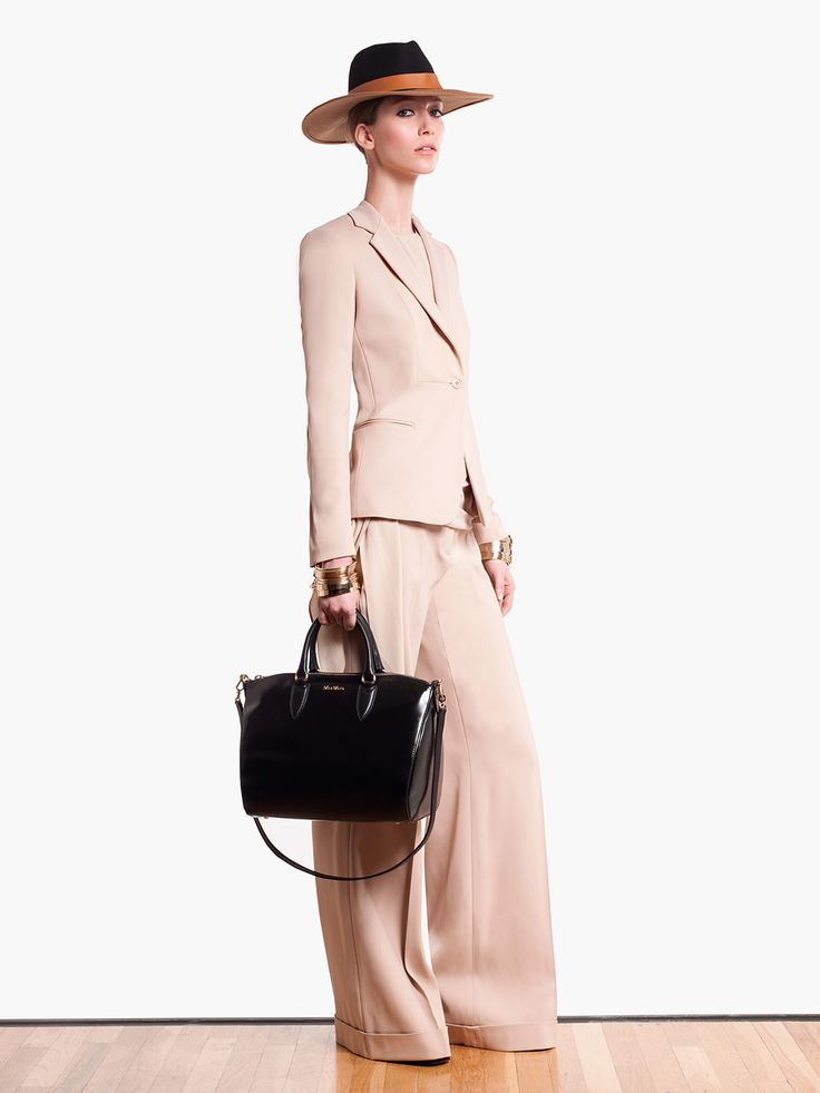 Neutral Suit MaxMara Pre-Fall 2013 #Fashion