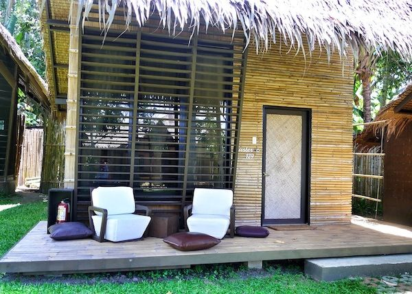 Modern bahay kubo interior design for Modern native house design
