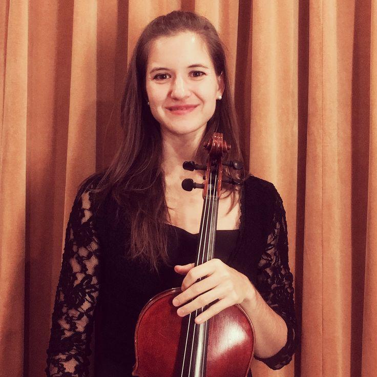 Katie Hunt, viola