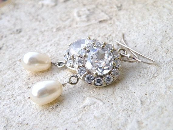Bridal Earrings Swarovski Ivory Pearl Cubic Zirconia by SomsStudio, $35.00: Pearls Cubic, Silver Vintage, Cubic Zirconia, Bridal Jewelry, Ivory Pearls, Dangle Earrings, Earrings Swarovski, Bridal Earrings, Inspiration Dangle