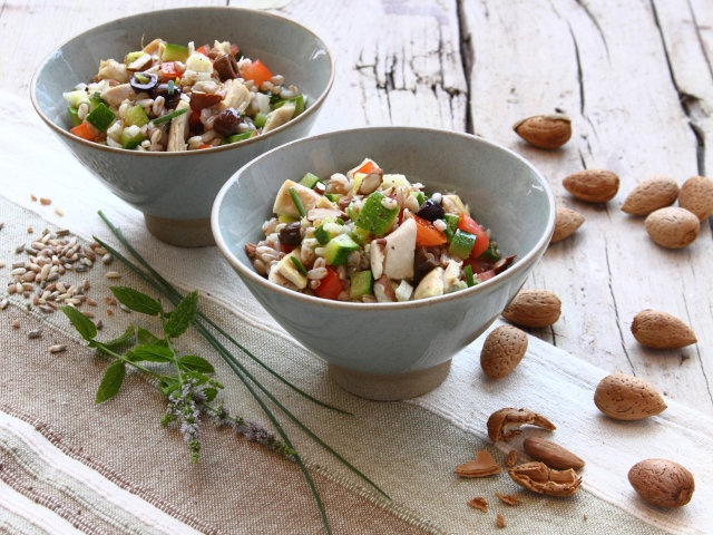 pollo cereali e mandorle-cereals chicken and almonds